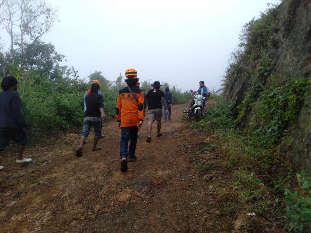 Akses dari jalan Trans Sulawesi ke dusun Ulu taan